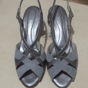 Grey n silver leather and suede mini heel